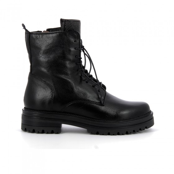 boots m77218