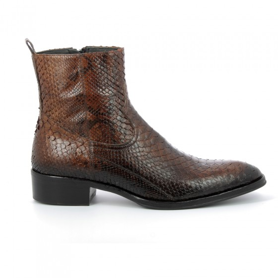 boots 2102