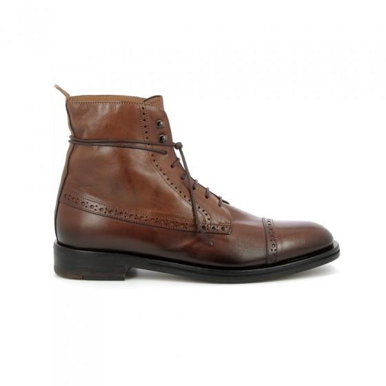 boots lacet 9119