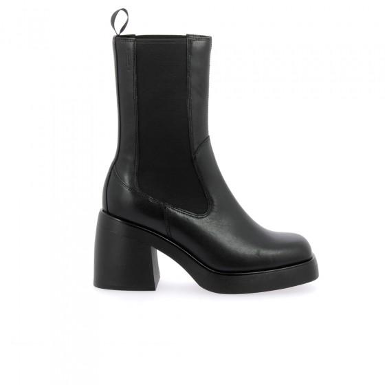 boots brooke